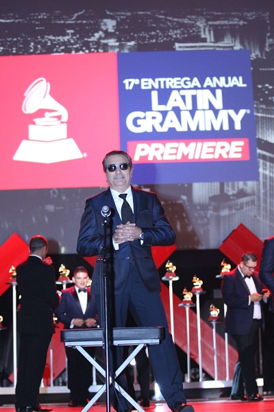 Jorge-Quinn-Latin-Grammy-Stage_opt